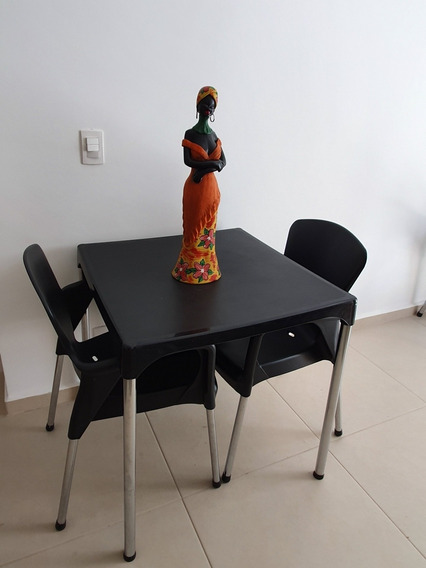 Mesa Desmontável Com 4 Cadeiras Niquelart, Ótimo Estado