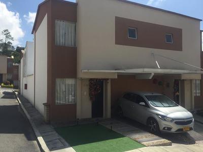 Se Vende Casa En Club Residencial Bariloche