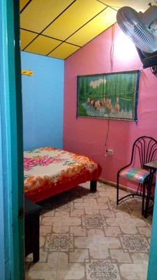 Habitacion Amoblada Con Baño, Closet E Internet.persona Sola