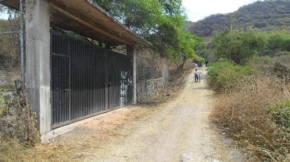 Callejón Del Tecolote Esquina Con Carretera Yautepec-las Estacas