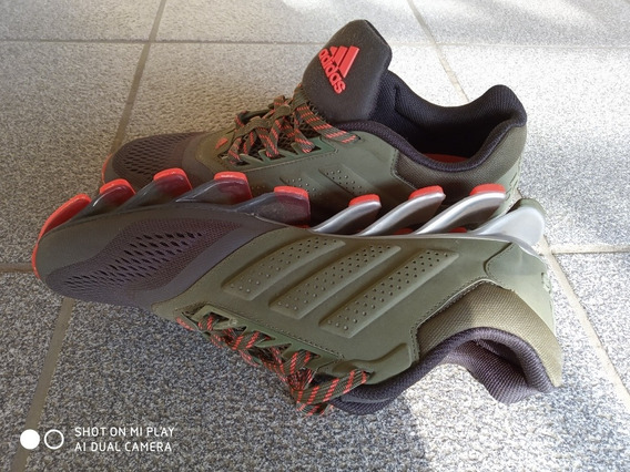 Tênis Masculino adidas Springblade 40
