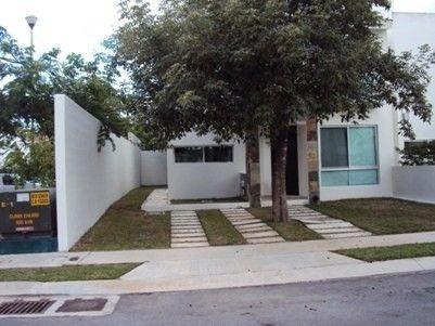 Rento Casa Cancun 3 Recamaras Privada La Calma Sm50