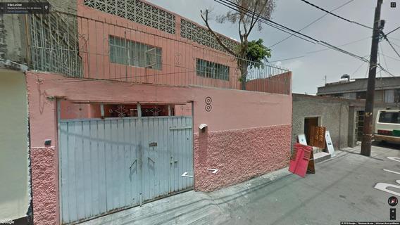 Aprovecha! Invierte En Remate De Amplia Casa En La Aragon