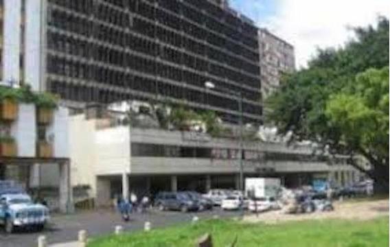 Oficina En Alquiler Parque Carabobo 19-5238 Fn