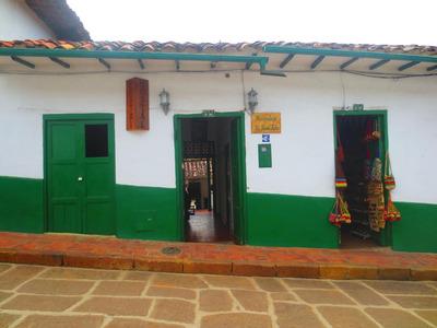 Vendo O Permuto, Gran Casa-hostal Central En Barichara
