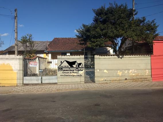Casa A Venda No Bairro Santo Antônio Em Lorena - Sp. - Cs349-1