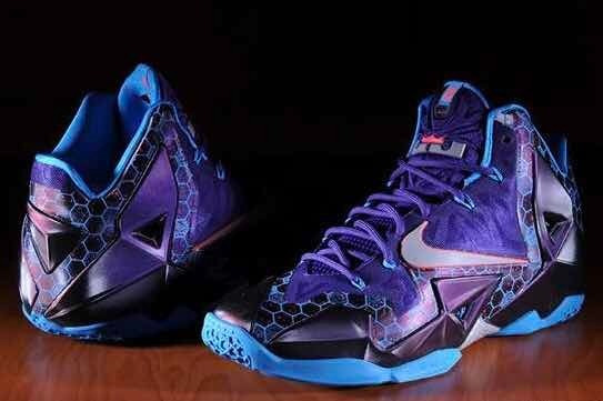 Tênis Lebron James 11 Court Purple Hornets