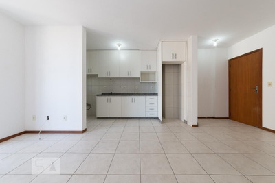 Apartamento No 1º Andar Com 2 Dormitórios E 1 Garagem - Id: 892918044 - 218044