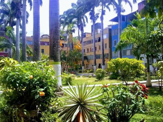 Apartamento En Venta Almarriera, Flex: 19-17610 Ng