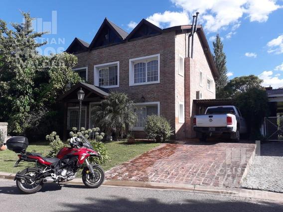 Casa En Venta Barrio La Candelaria - Cristian Mooswalder Negocios Inmobiliarios.