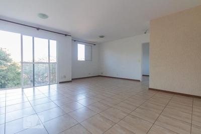 Apartamento No 6º Andar Com 1 Dormitório E 1 Garagem - Id: 892935260 - 235260