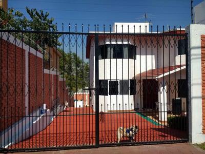 Venta Casa Recién Remodelada