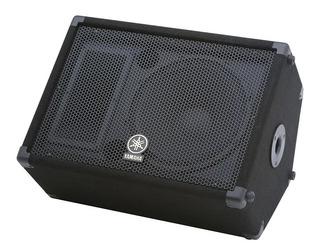 Bafle Yamaha Br12m Monitor Pasivo 300w 8 Ohms 2 Vías Cuotas