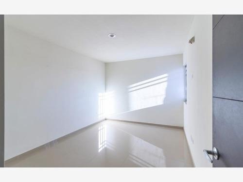 Casa En Venta En Santa Rita Coto Privado Con Seguridad Y Alberca