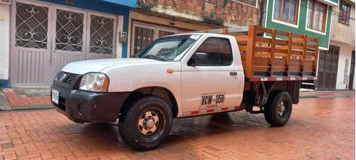 Nissan Frontier Estacas 2012