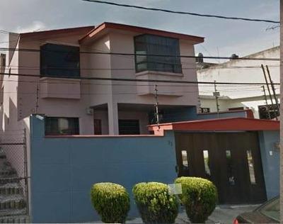 Casa En Venta. Oportunidad. Viveros De La Loma. Cod. Be150