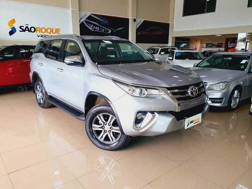 Toyota Hilux Sw4 Sr  2.7 - 7 Lugares