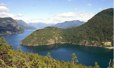 Lago Fontana Chubut Cabañas