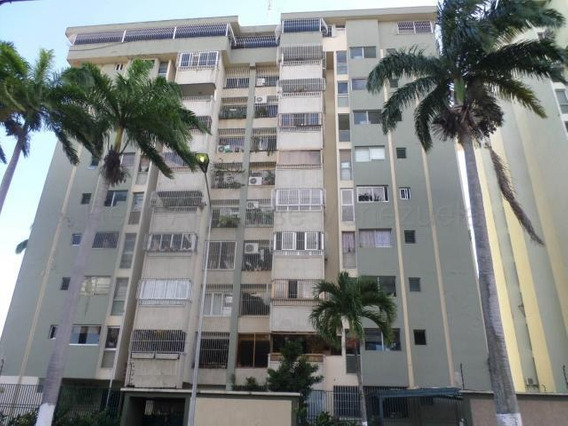 Apartamento En Venta En Zona Este Barquisimeto Lara 20-8204