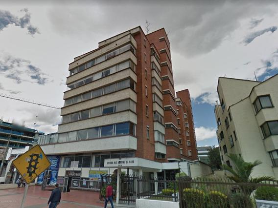 Oficina En Venta La Castellana 19-680
