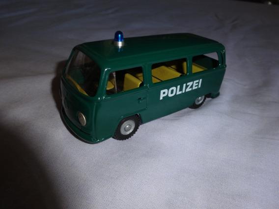 Vw Fusca Kombi Polizei Lata Republica Checa Escala 1/32