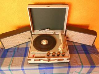 Tocadiscos De Bulbos Portátil De 1968