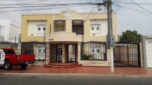 Townhouse En Venta . Eg.