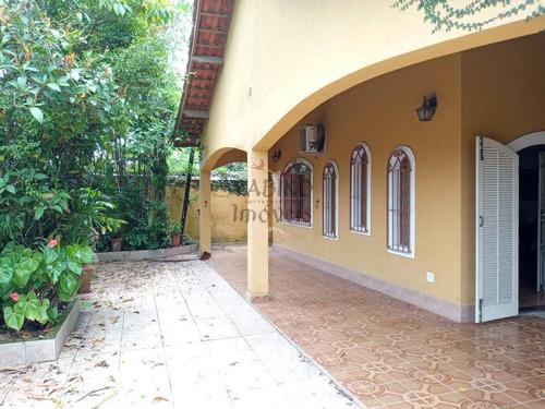 Casa Térrea Com Ótima Localização, No Centro De Bertioga. - V639