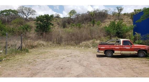 Re/max Noa Ii Vende Terreno Zona Zandoval