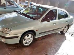 Renault Megane Sedan 2.0 Rxe 4p 2003