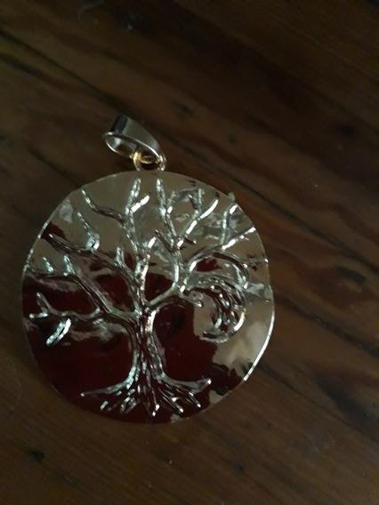 Hermoso Dije Medallon Arbol Luna