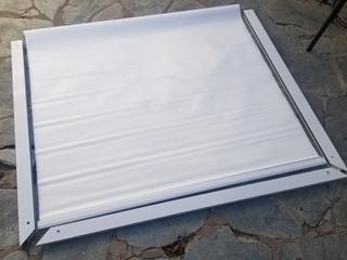 Cortina Roller Con Guias Laterales De Aluminio 125 X 110cm