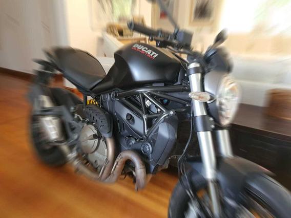 Ducati Monster 821 Dark. Oportunidad!