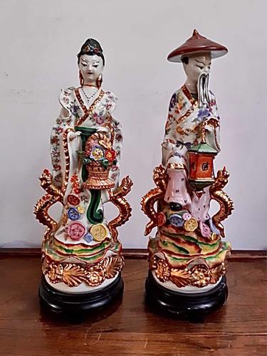 Imagen 1 de 10 de Antiguas Figuras Japonesas De Porcelana De 37 Cm