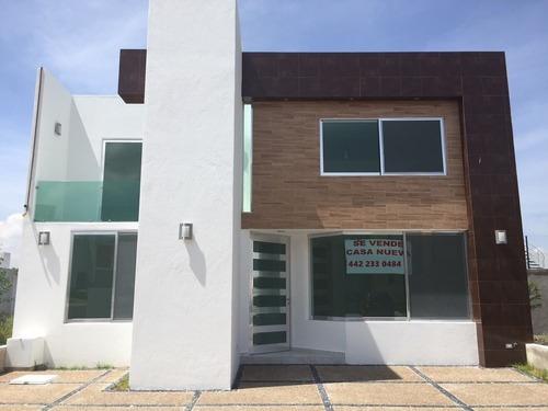 Se Vende Magnifica Casa Nueva En El Refugio