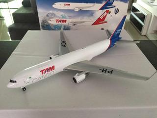 Avião Boeing 767-300 Tam Cargo - Jc Wings 1/200 - Raro