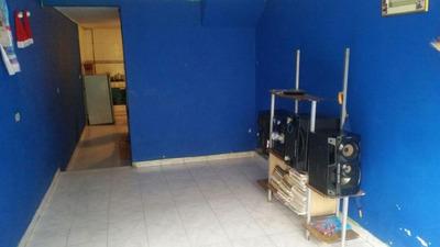 Codigo C002 Venta Casa En El Barrio Pinares