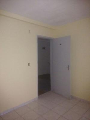 Apto 2 Qtos, Sala,terraço Próx Praia R$ 115.mil ...
