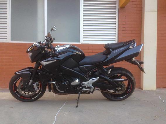 Suzuki B-king 1340cc 2011