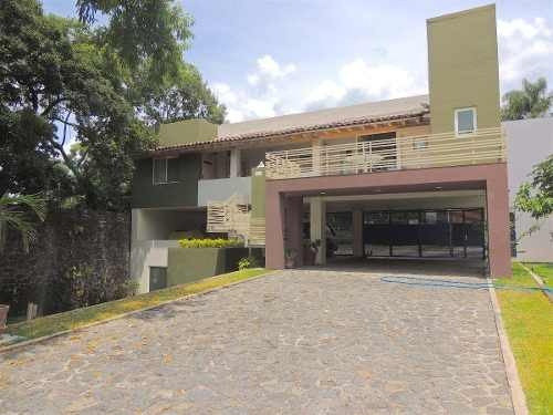 Venta De Casa En Pedregal De La Fuentes, Jiutepec...clave 2923