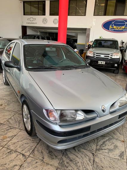 Renault Megane 1.9 Diesel 1999