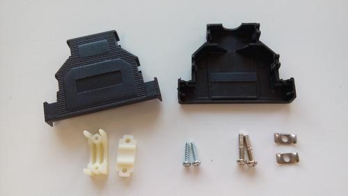 Imagem 1 de 1 de Kit Capa Plastica Para Conector Db25 Parafuso Curto 20 Peças