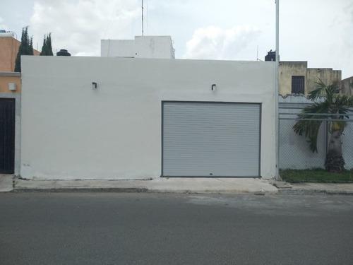 Local Sobre Avenida Entre Altabrisa, Colonia Maya Y La Florida