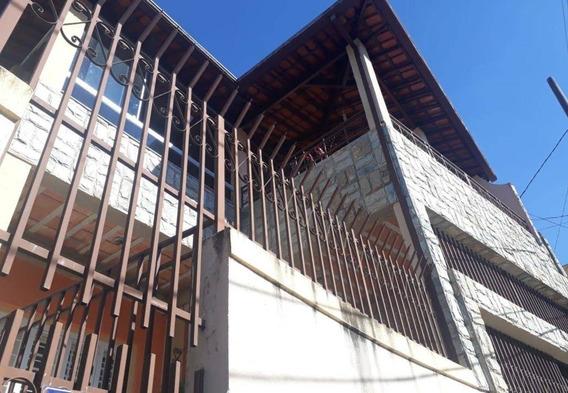 Casa Com 6 Quartos No Bairro Sagrada Família - 2030