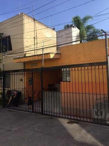 Casa Por Av. Circunvalacion Col. Lomas Independencia