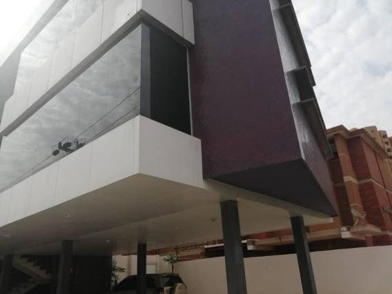 Luis Infante Mls# 20-12266 Ofucina En Bellas Artes