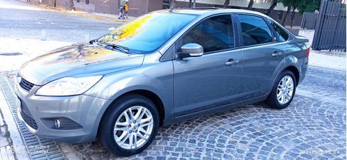 Ford Focus 2.0 Ghia Exe