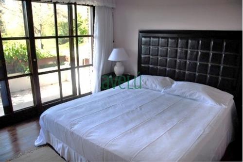 Imagen 1 de 5 de Casa En Golf, 6 Dormitorios *- Ref: 731