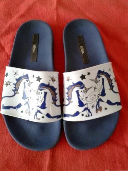 Chinela Melissa Slide Unicórnio Branco Com Azul-marinho