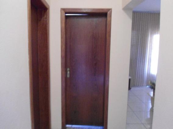 Casa Com 3 Quartos Para Comprar No Chácara Do Quitão Em Itaúna/mg - 103